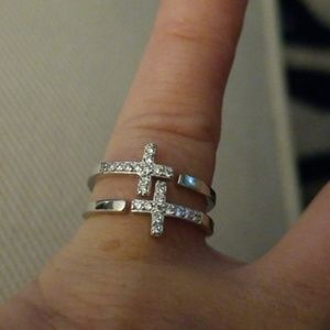 Pretty Sterling Silver Double Cross Ring Size 5